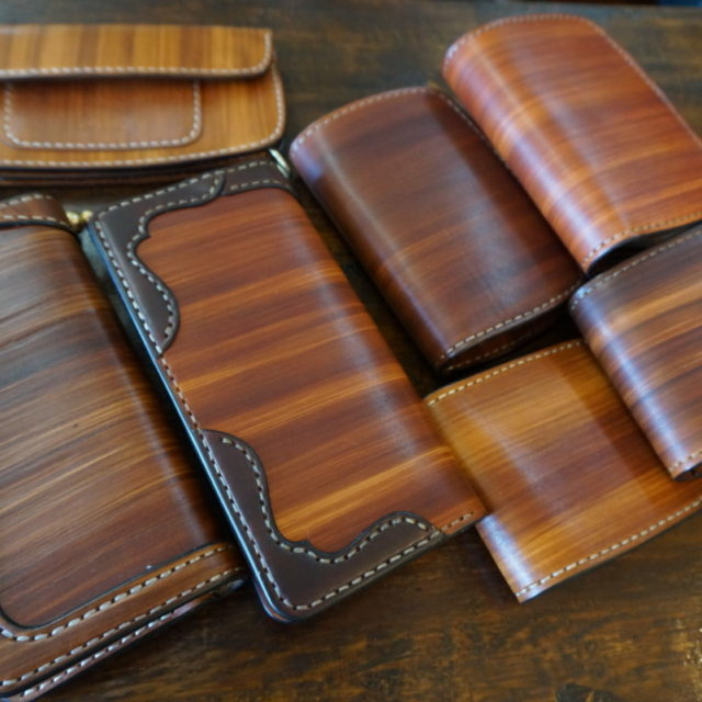 wood color wallet model