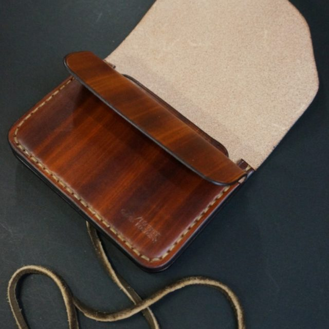 wood brown mini wallet 鹿紐 image