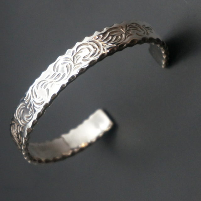 A,L,F silver バングル image